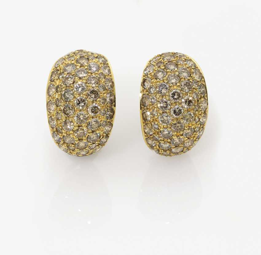 A Pair of earrings with brown diamonds - photo 1