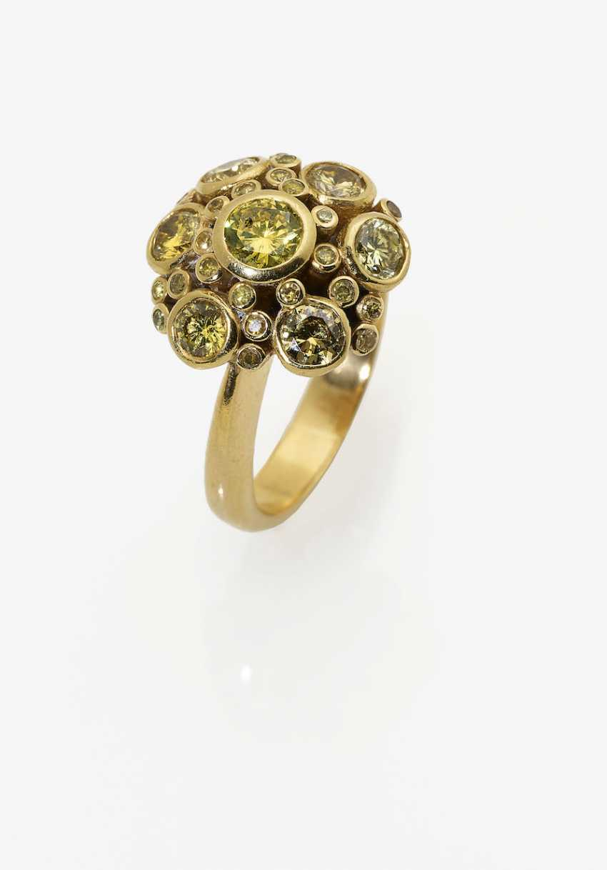 Cocktail ring with yellow diamonds. 1990s - photo 1