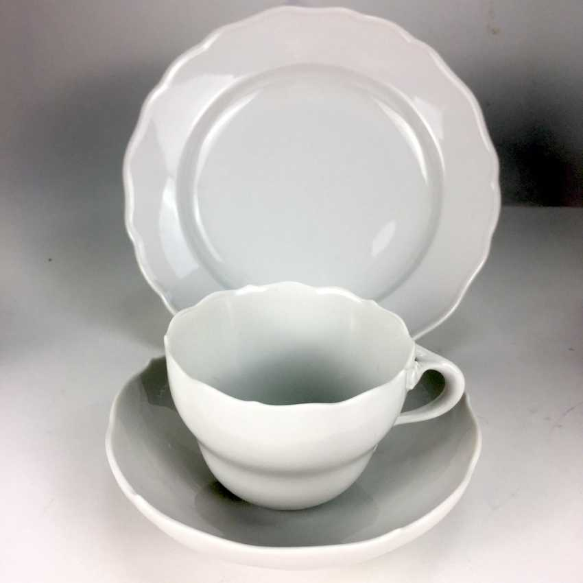 Place setting white, Meissen porcelain, New neck, very good. - photo 1