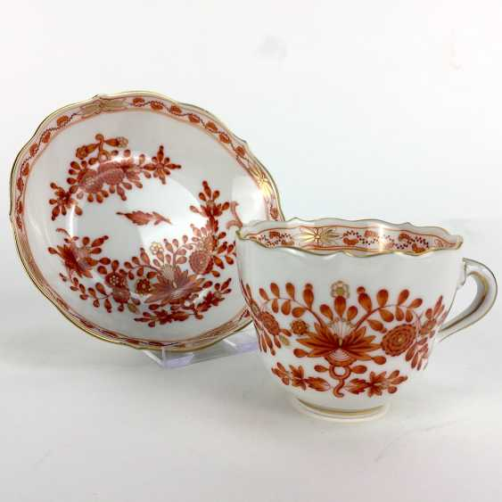 Mocha table Setting: Meissen porcelain, Indian painting in coral-red, very good. - photo 2