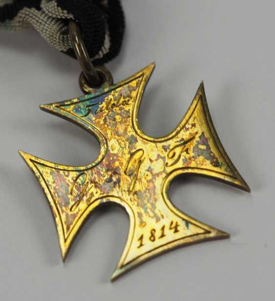 Francfort: la croix d'honneur pour les Treugebliebenen de 2. Landwehr Bataillon (Fulda) pour en 1814, pour les Officiers. - photo 4