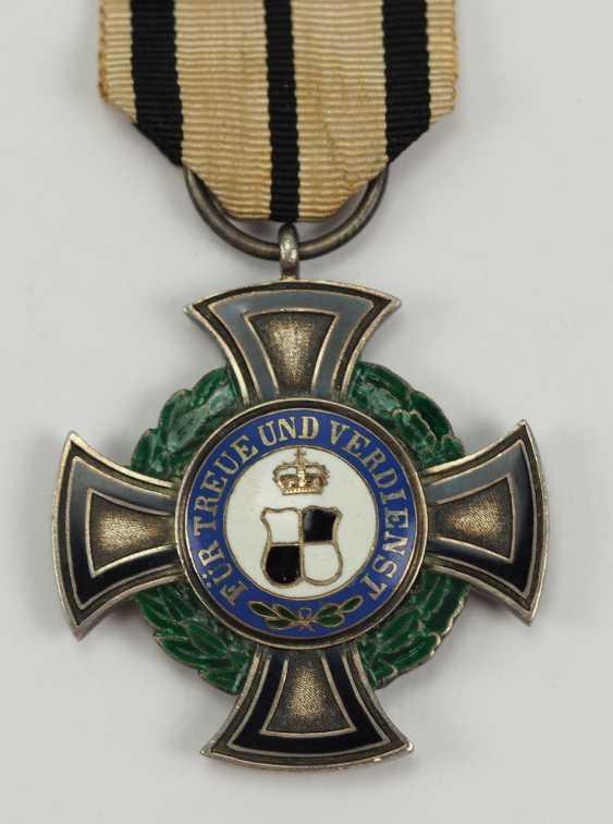 Hohenzollern: Fürstlich Hohenzollernscher Hausorden, 1. Modèle, La Croix D'Honneur 3. Classe. - photo 1