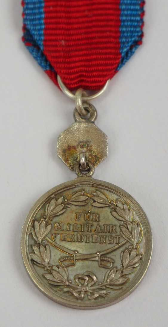 """Schaumburg-Lippe: Argent Militärverdienst Médaille avec """"la Croix Rouge"""" Miniature. - photo 3"""