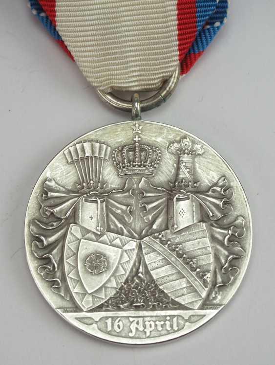 Schaumburg-Lippe: Médaille aux Noces d'Argent en 1907. - photo 2