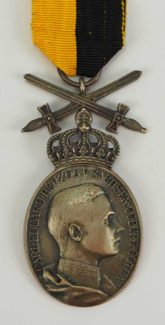Saxe-Coburg-Gotha: oval Silver Duke Carl Eduard medal with swords. - photo 3
