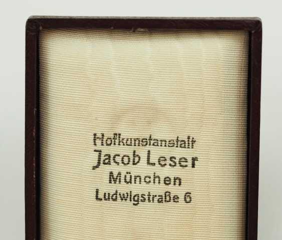 Weimar Republic: German Firefighter Honor Cross, 1. Class, in a case. - photo 4