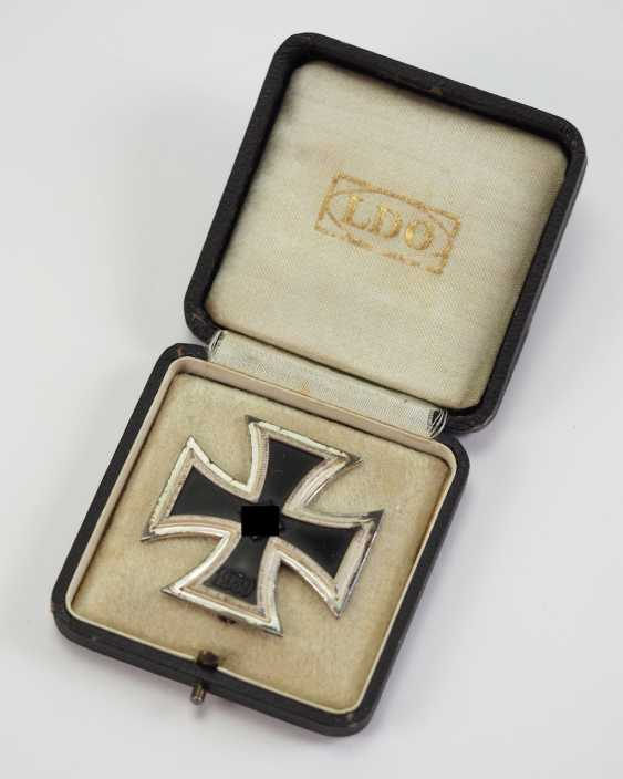 Iron Cross, 1939, 1. Class, in a case - Deumer. - photo 1