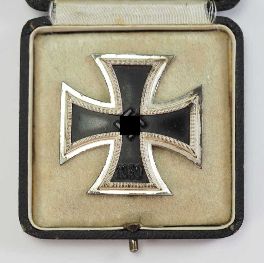 Iron Cross, 1939, 1. Class, in a case - Deumer. - photo 2