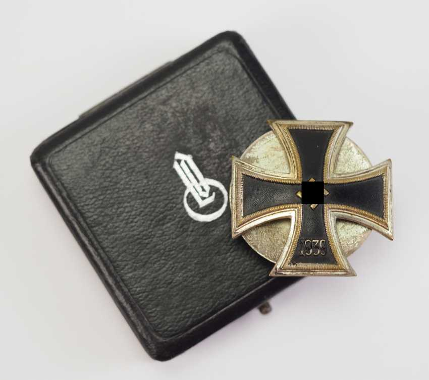 Iron Cross, 1939, 1. Class, in a case - Schickle. - photo 1