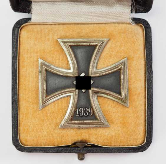 Iron Cross, 1939, 1. Class, in a case in round 3. - photo 2