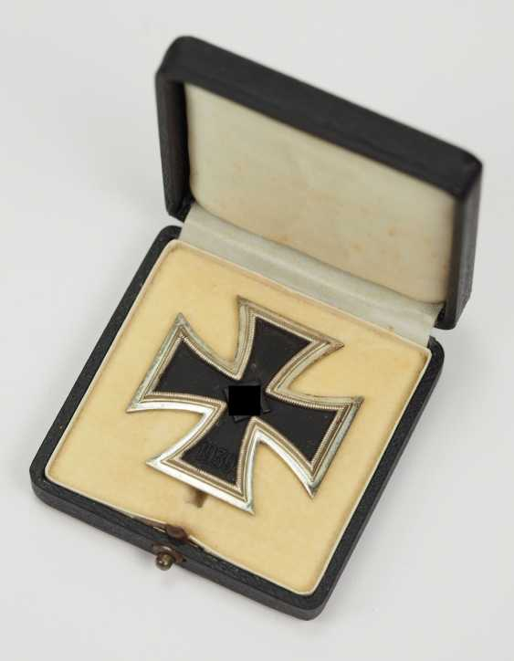 Iron Cross, 1939, 1. Class, in the case of L/11. - photo 1