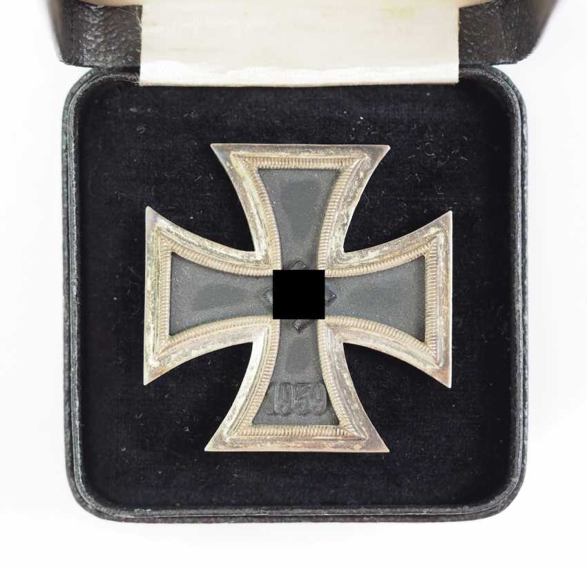 Iron Cross, 1939, 1. Class, in the case of the L/53. - photo 1