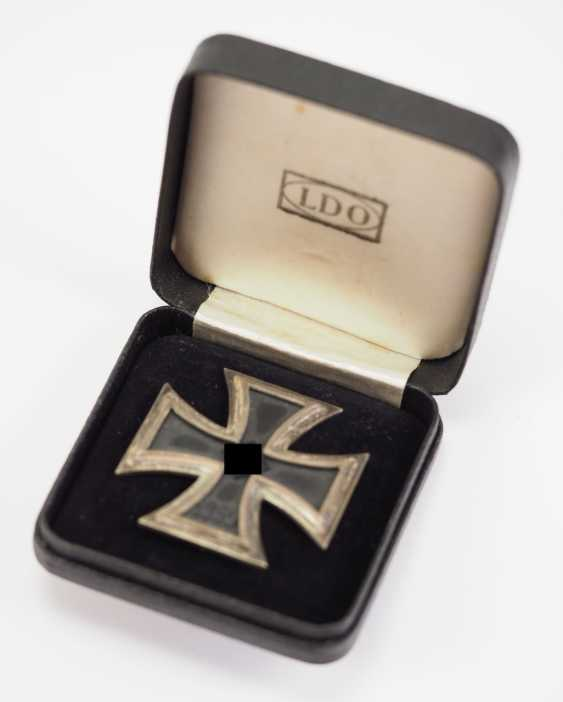 Iron Cross, 1939, 1. Class, in the case of the L/53. - photo 2
