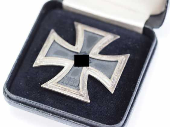 Iron Cross, 1939, 1. Class, in the case of the L/53. - photo 3