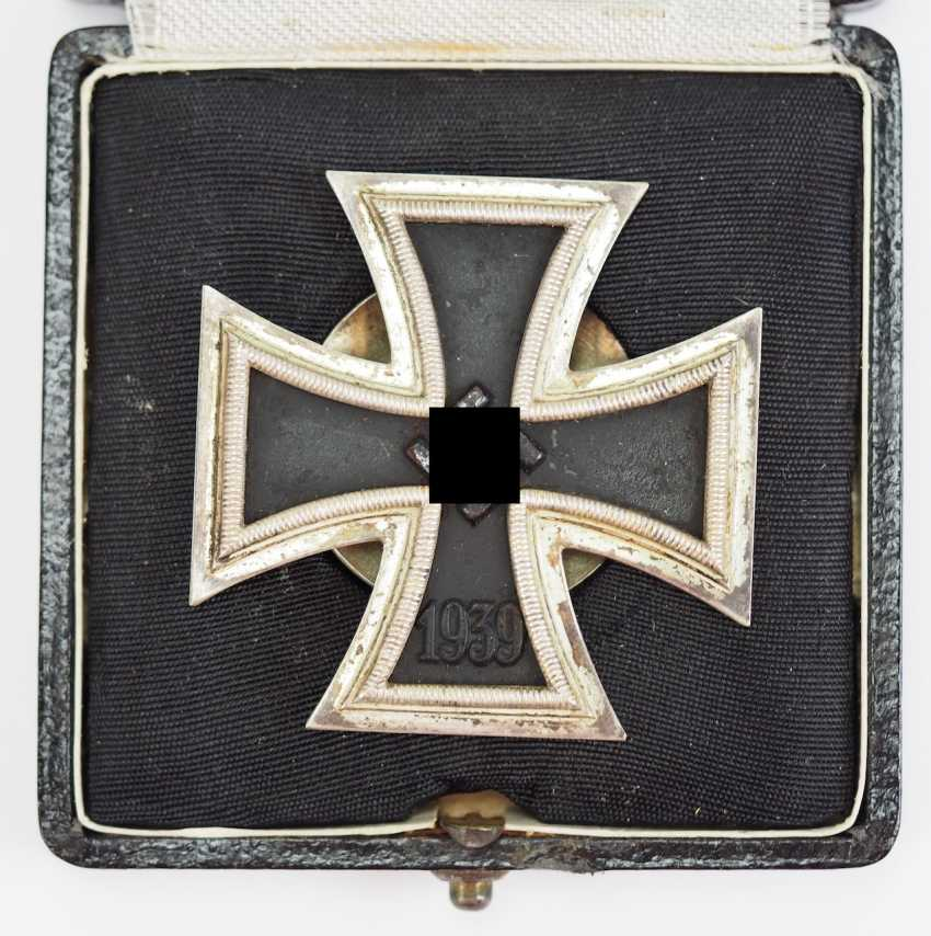 Iron Cross, 1939, 1. Class, in a case - Screw plate L/18. - photo 1