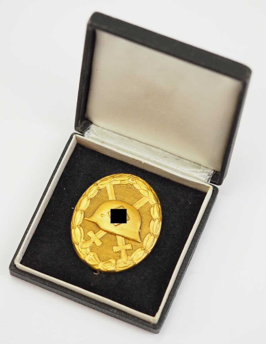 Wounded badge, 1939, Gold, in a case. - photo 1