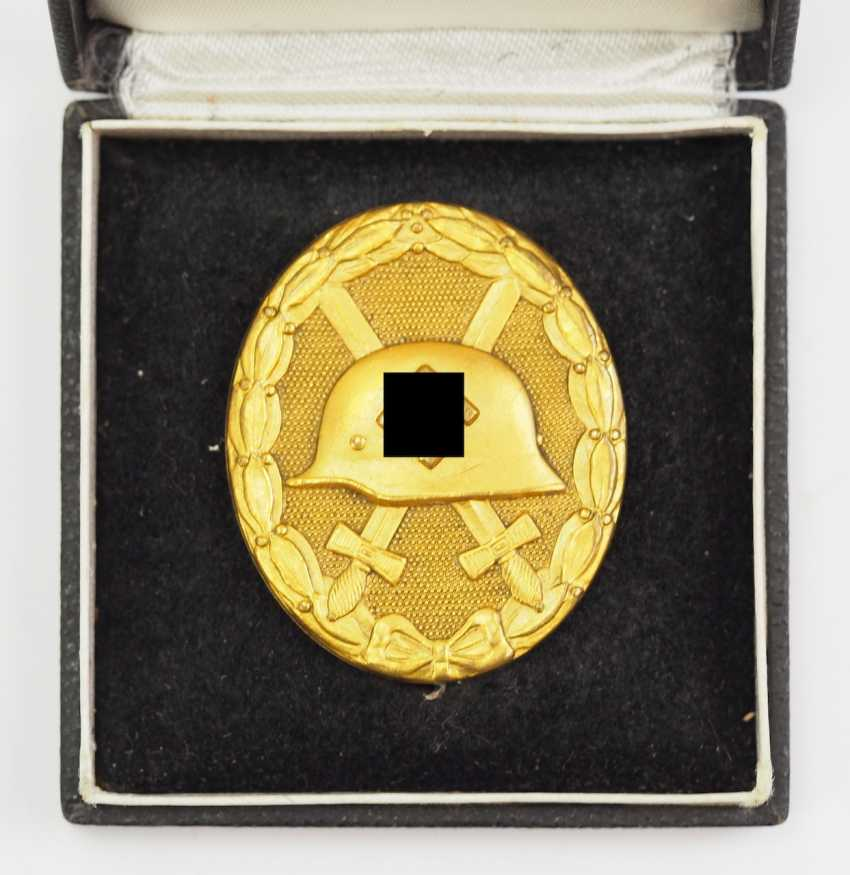 Wounded badge, 1939, Gold, in a case. - photo 2