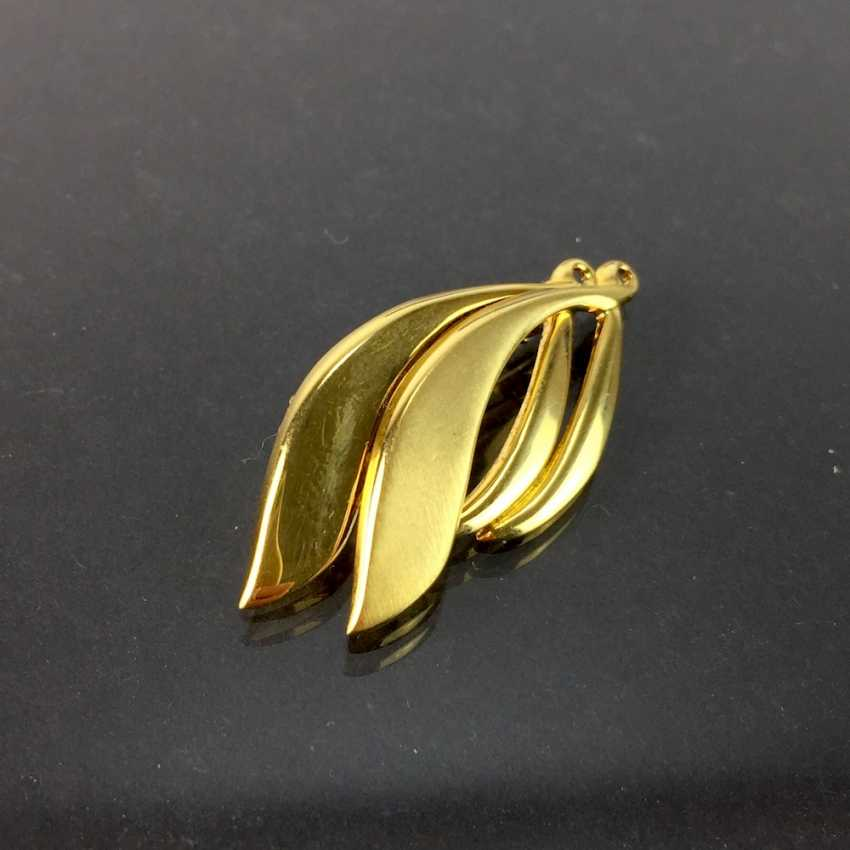 Pendant / brooch: yellow gold 333 curved shape, safety rod, needle, very good mint condition. - photo 1