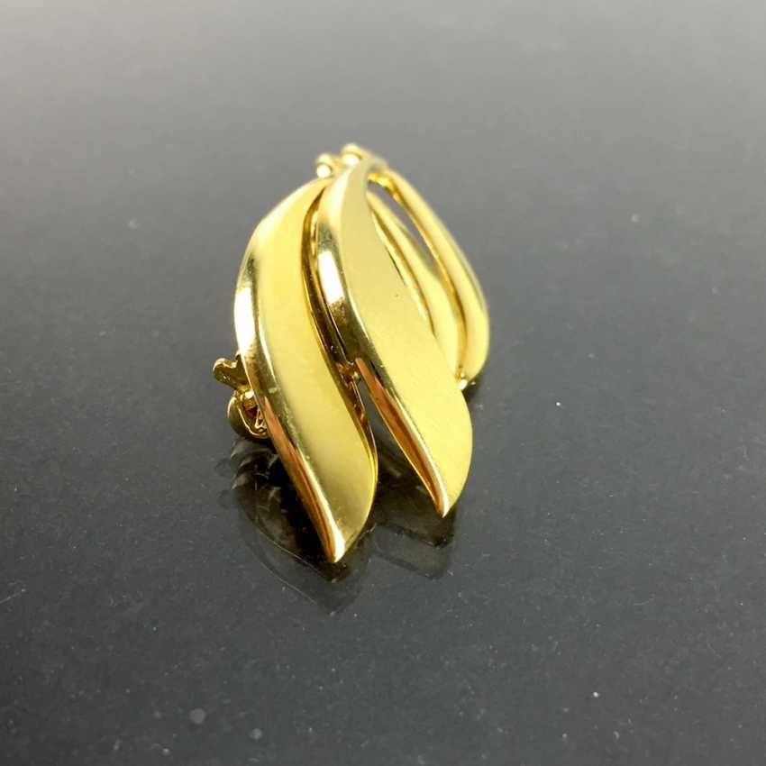 Pendant / brooch: yellow gold 333 curved shape, safety rod, needle, very good mint condition. - photo 2