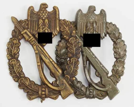 Lot of 2, infantry assault badge, Bronze. - photo 1