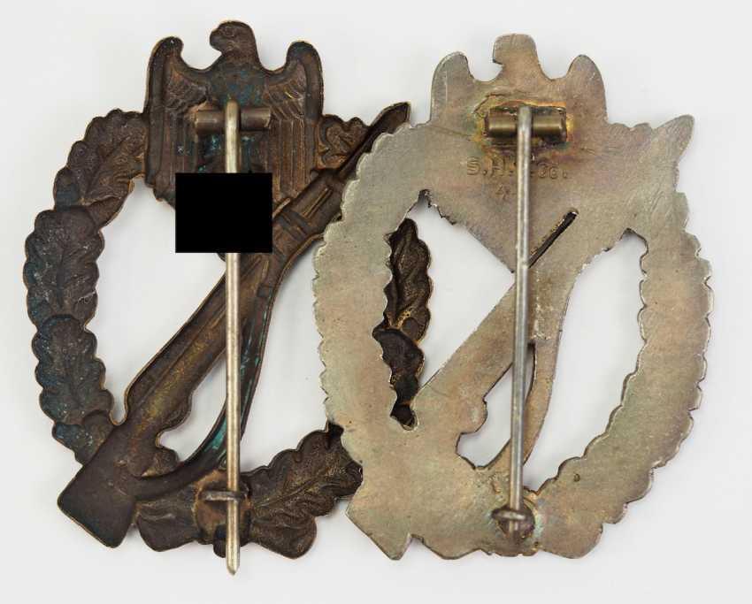 Lot of 2, infantry assault badge, Bronze. - photo 2
