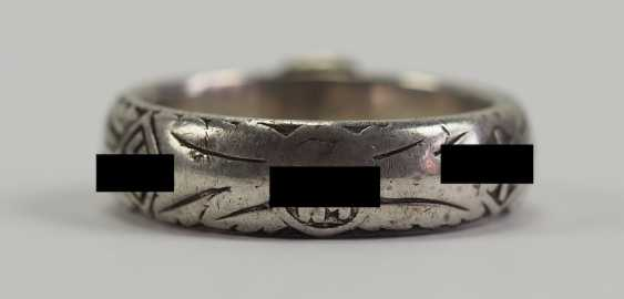 "SS death's head ring of the SS-senior leader, Johann-Georg Goebel - commander of the SS-Gebirgs-artillery-Regiment 6, 6. SS-gebirgs-Division ""Nord"" and winner of the German cross in Gold. - photo 4"