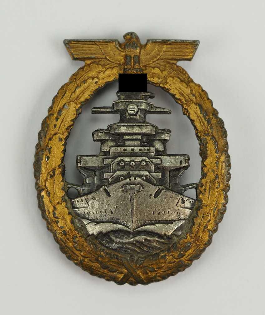 Fleet War Badge - Schwerin, Berlin. - photo 1