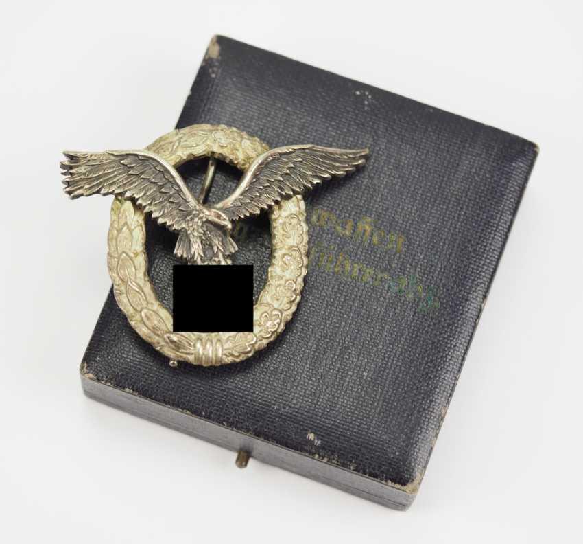 Pilot badge, in a case - C. E. Juncker. - photo 1