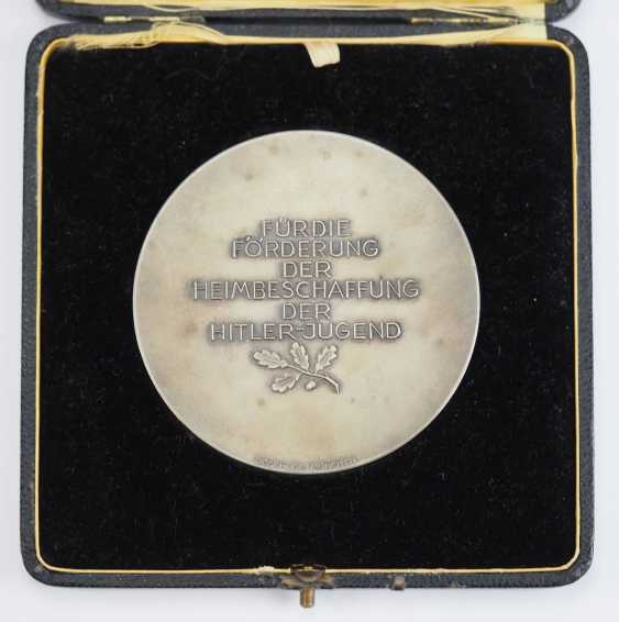 HJ: plaque for the promotion of the home procurement of the Hitler youth, and in a case. - photo 2