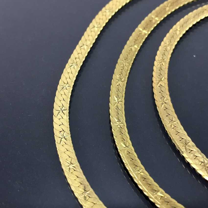Elegantes SchmuckseTiefe: Collier und Armband, hochwertige Arbeit, Gelbgold 333, mattierte und verzierte Oberfläche. - photo 3