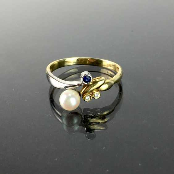 Ladies ring with brilliants, a sapphire, and pearl, yellow gold and white gold 585, very good. - photo 1