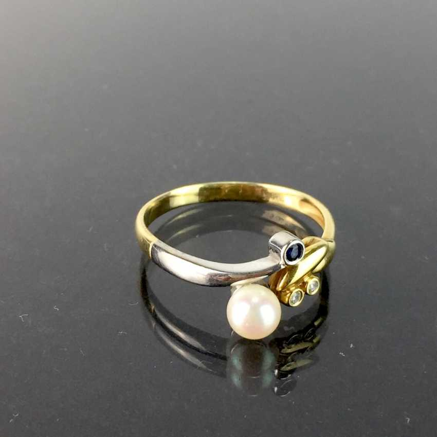 Ladies ring with brilliants, a sapphire, and pearl, yellow gold and white gold 585, very good. - photo 2