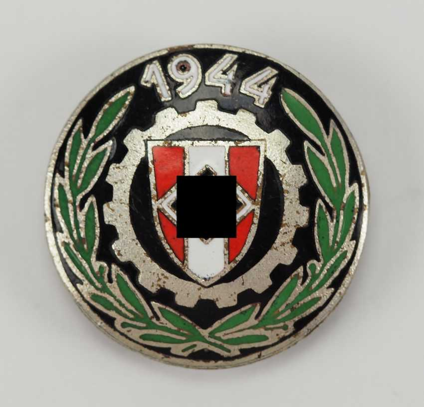 Slovakia: The Country's Professional Competition, Winning Badges In 1944. - photo 3
