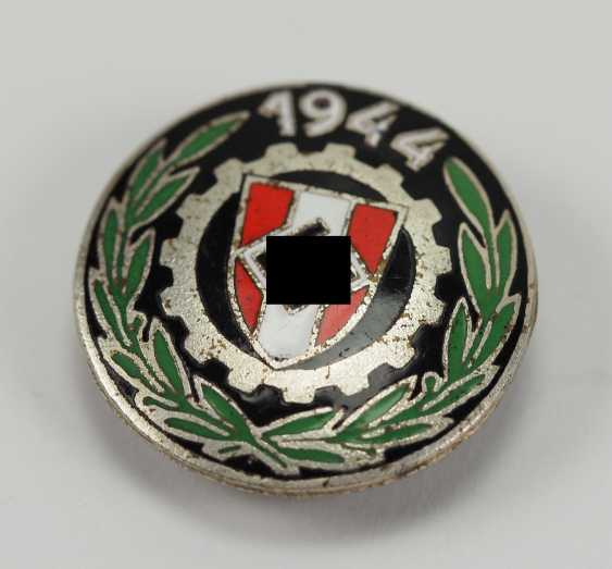 Slovakia: The Country's Professional Competition, Winning Badges In 1944. - photo 1