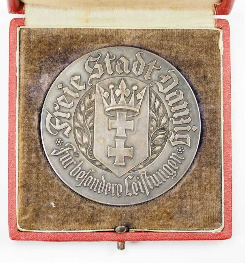 Free city of Danzig: medal for special achievements, in a case. - photo 2