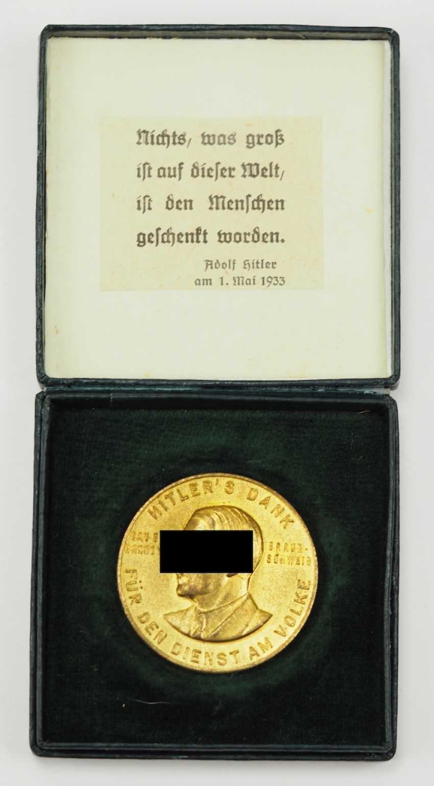 "Medal ""Hitler's thanks for the service of the people"", in a case. - photo 1"