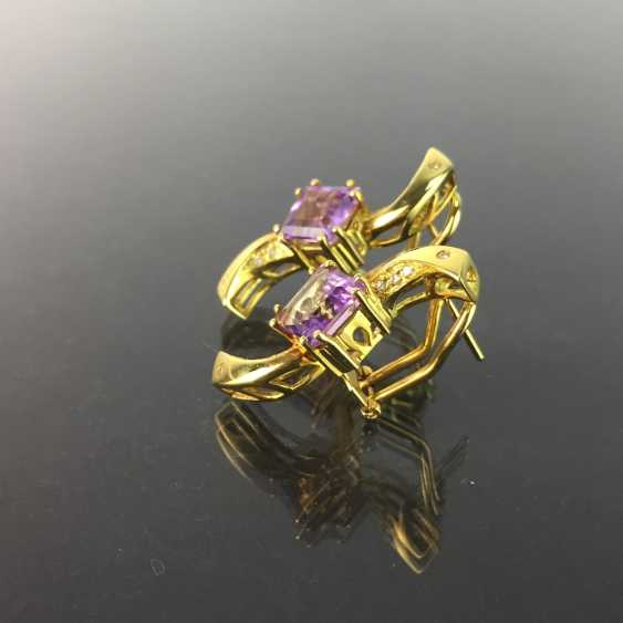 Exclusive earrings in a loop shape, yellow gold 750, diamonds, two amethysts in Carrée cut. High-Quality Work! - photo 3