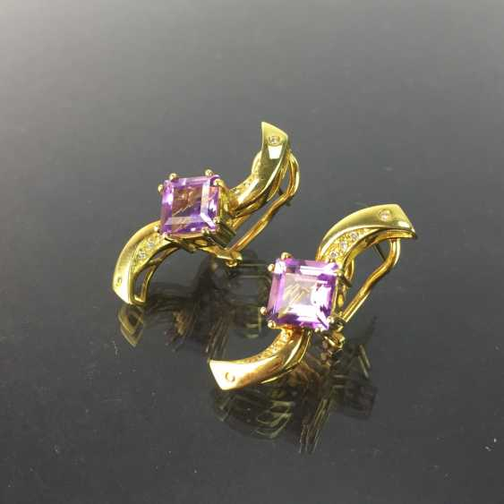 Exclusive earrings in a loop shape, yellow gold 750, diamonds, two amethysts in Carrée cut. High-Quality Work! - photo 4