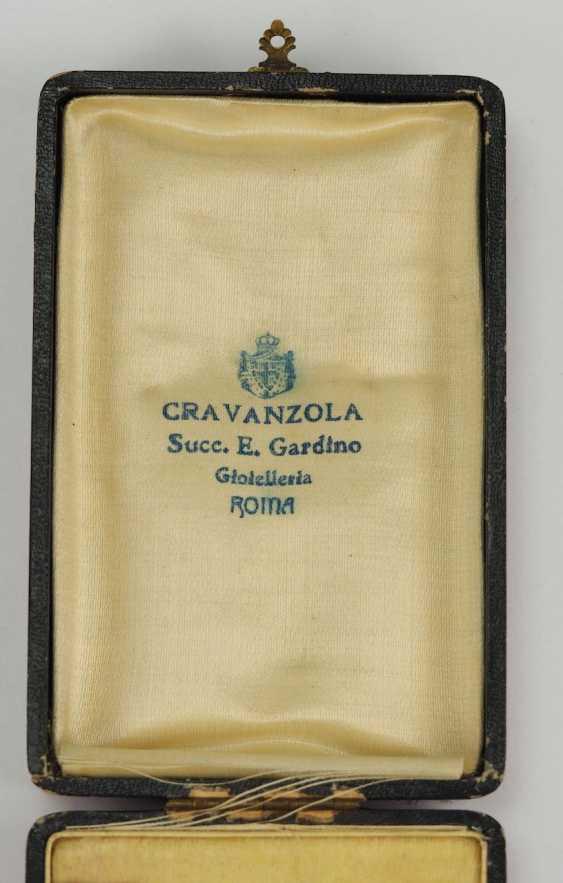 Albania: Skanderbeg Order, 1st Model (1925-1939), officer's decoration, in a case. - photo 5