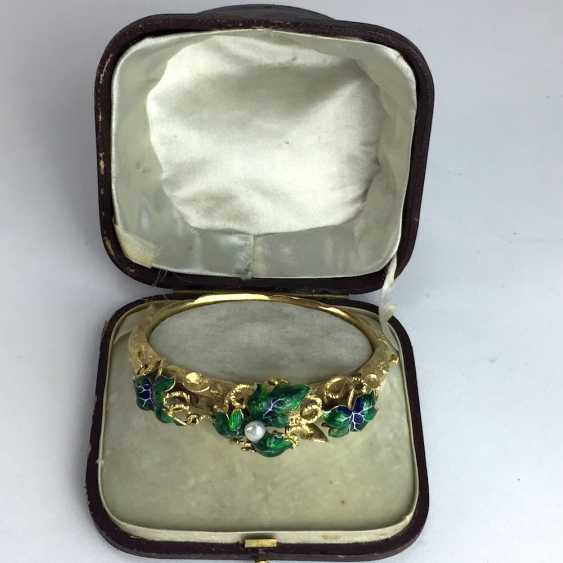 Exceptional historicism-bracelets: yellow gold 585, as a Branch with branches and leaves worked, enamel surfaces, 1860! - photo 2