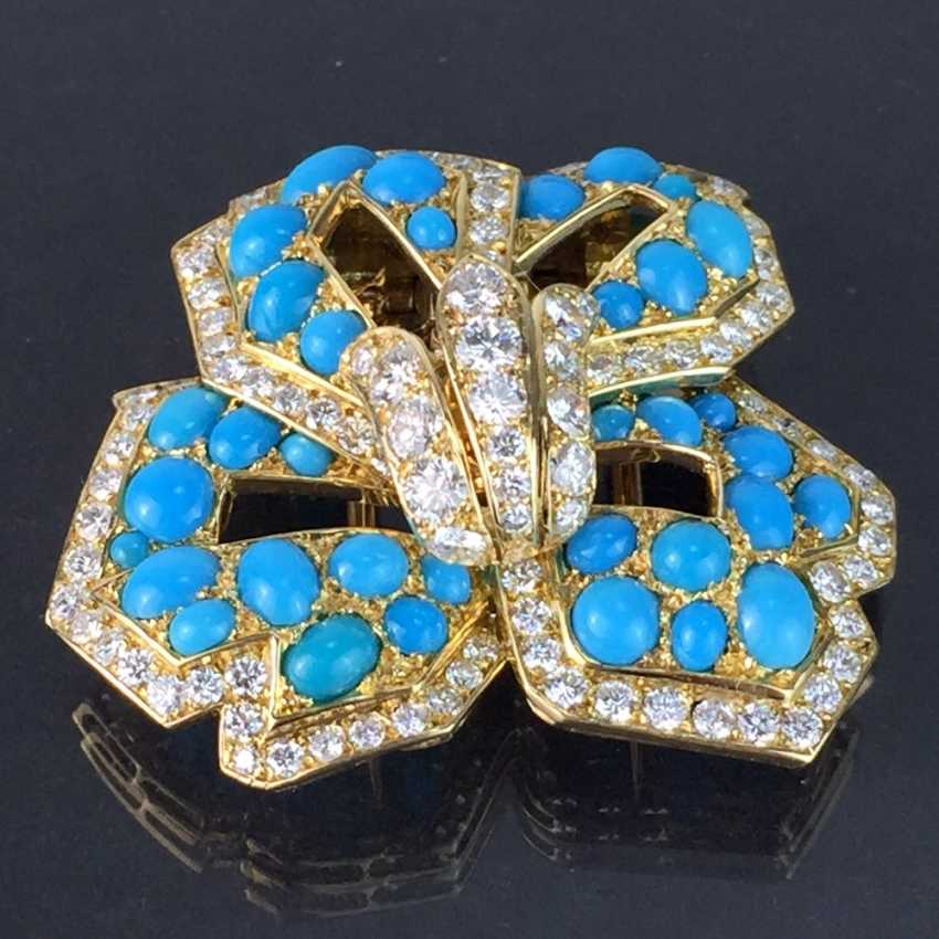 Cartier: a Sensational brooch with over 100 brilliant-cut diamonds, 35 turquoise, in yellow gold 750. Custom-made single stylized flower. - photo 7