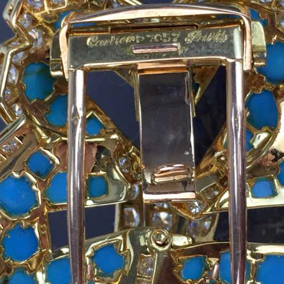 Cartier: a Sensational brooch with over 100 brilliant-cut diamonds, 35 turquoise, in yellow gold 750. Custom-made single stylized flower. - photo 8