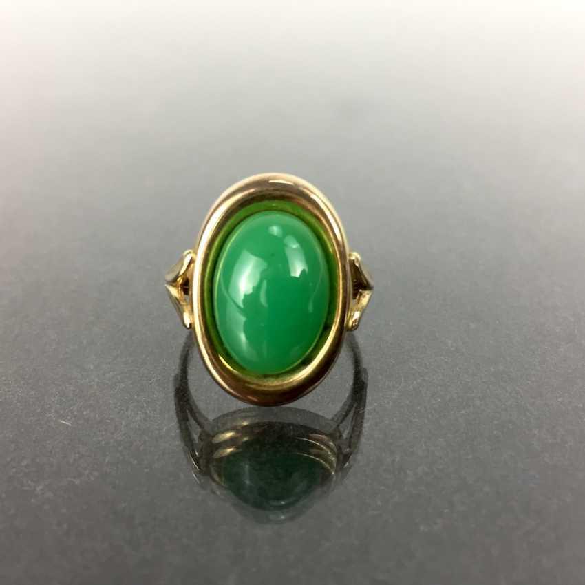 Ladies Ring: Yellow Gold 333, Chrysoprase. - photo 2