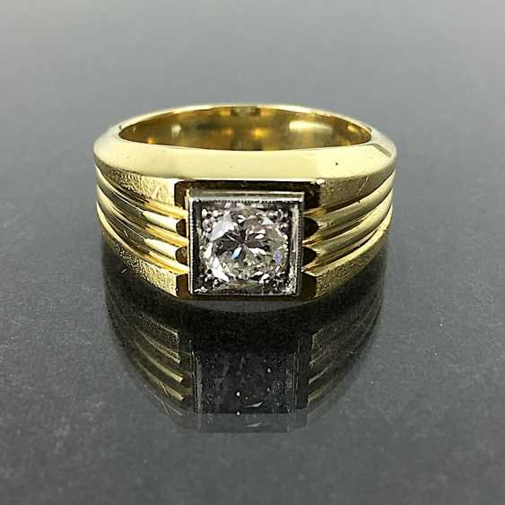 Fancy Ring is 0.8 carats, Yellow Gold / White Gold 750, very solid, brilliant solitaire, very good. - photo 1