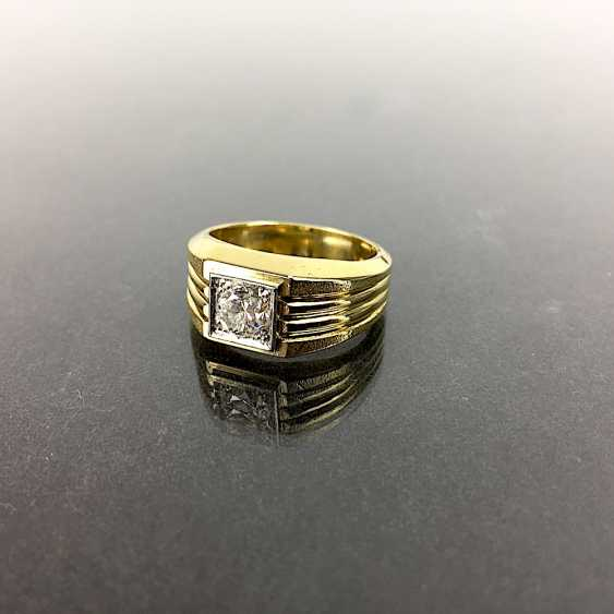 Fancy Ring is 0.8 carats, Yellow Gold / White Gold 750, very solid, brilliant solitaire, very good. - photo 2