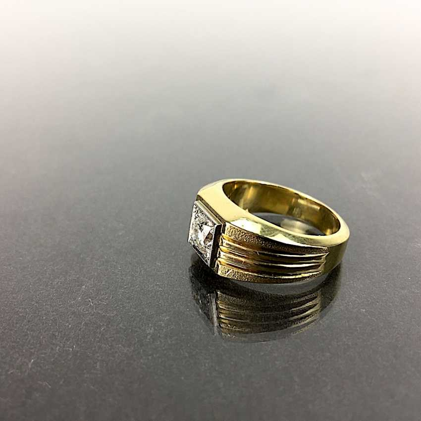 Fancy Ring is 0.8 carats, Yellow Gold / White Gold 750, very solid, brilliant solitaire, very good. - photo 3