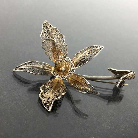 Filigree-flower-brooch: a silver, intricately worked, hand-work very well. - photo 2