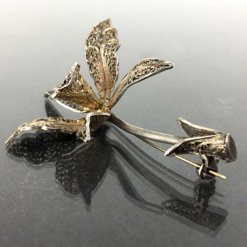 Filigree-flower-brooch: a silver, intricately worked, hand-work very well. - photo 3