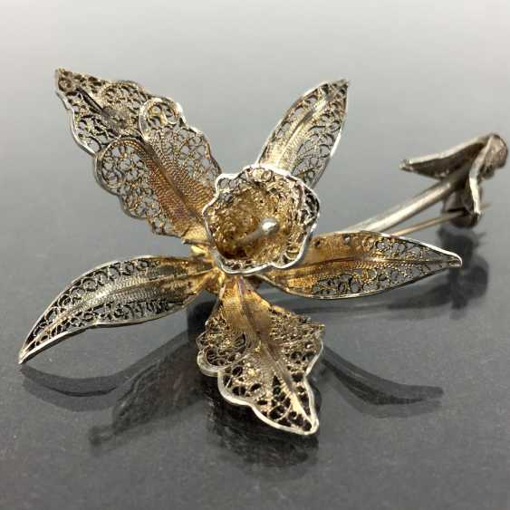 Filigree-flower-brooch: a silver, intricately worked, hand-work very well. - photo 4