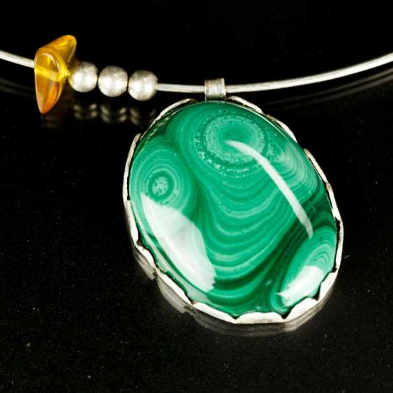 Modern malachite amber pendant on choker - photo 1
